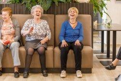Ploegdries - lachende bewoners