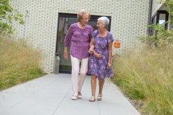 Kapelleveld - lachende dames