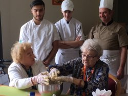 Gallery Cupcakes met studenten van campus Wemmel